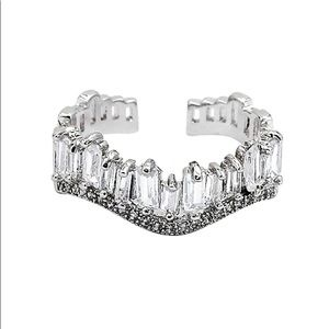 Silver wavy crystal row open ring